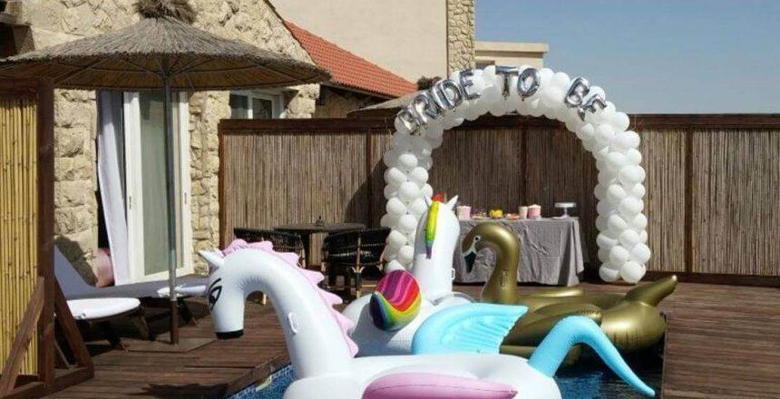 קשת בלונים במסיבת רווקות